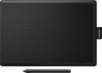 Графический планшет Wacom One by Wacom CTL-672 (средний размер)